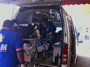 Loading-ambulance-in-Panama-City